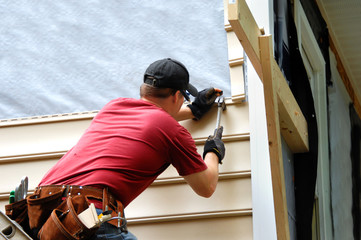 The Pros and Cons of Installing Hardie Siding